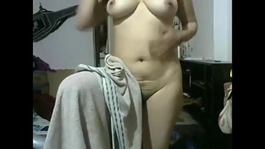 Indian Beautiful Lady webcam