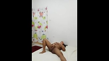 NRI Girl fingering herself