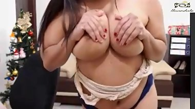 Hot Cam Show and Dance of Indian Big Tits Girl from Mumbai 1