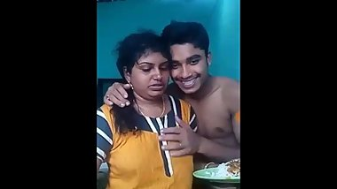 Indian mallu aunty cheating with small boy Part : 1