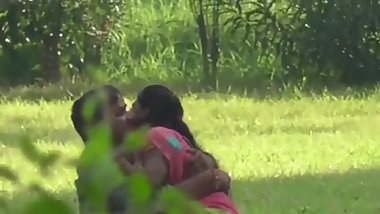 Indian girl Fucked in public Scandal MMS