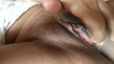 Indian girlfriend plays with 3 fingers. Juicy pussy