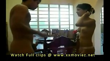 Desi mms Indian sex videos of bhabhi with college fucking girl