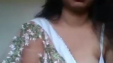 Hot Desi wife on webcam Nyc babe from Chennai