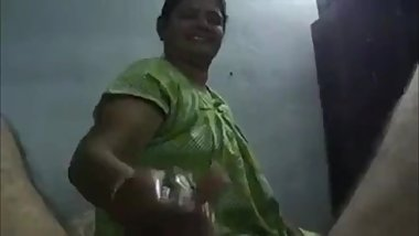 Indian Chilakaluripeta Aunty Suck Oily Dick Her Hubby