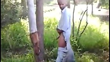 Indian Man Caught Jacking Off Outdoors @jack1anywhere