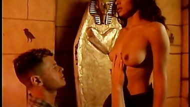 Arabian Girl hunts for Big Western Cock in Pyramids hates Small Arab Dicks